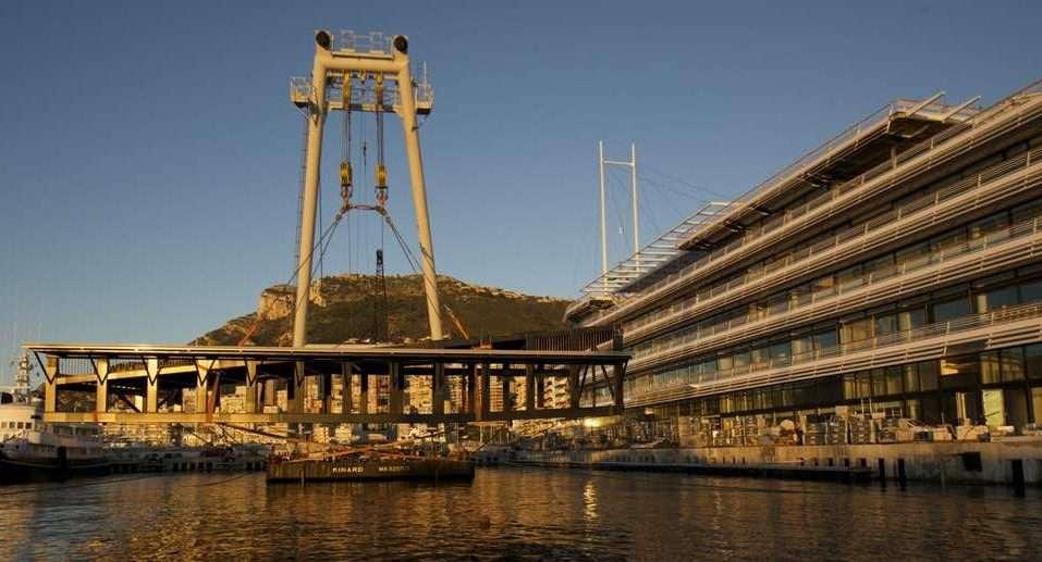 Travaux De Levage Port De Monaco élingues Sur Mesure DEAL Levage.